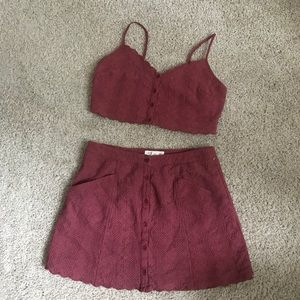 Dresses & Skirts - Highwaisted skirt and crop top set